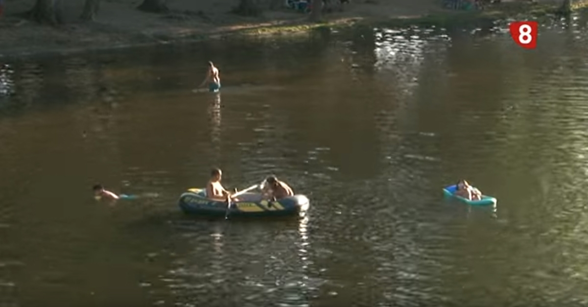 REPORTAJE NAVALUENGA CANAL 8  VERANO